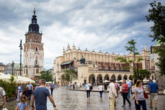 10 luglio 2017, Cracovia, Polonia - vecchio centro urbano, mercato Squa di Cracovia Immagine Stock Libera da Diritti