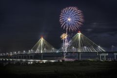4 luglio fuochi d'artificio di celebrazione di indipendenza di U.S.A., Alton Immagini Stock Libere da Diritti