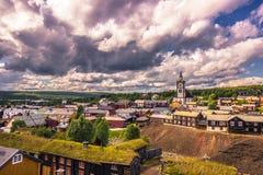 27 luglio 2015: Panorama della città di Roros, Norvegia Immagine Stock Libera da Diritti