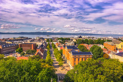 28 luglio 2015: Panorama di Trondeim dalla cattedrale di Nidaros, Norvegia Fotografia Stock Libera da Diritti