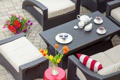 4 luglio tè servito su un patio all'aperto Immagini Stock Libere da Diritti