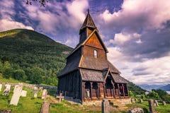 23 luglio 2015: Urnes Stave Church, sito dell'Unesco, in Ornes, la Norvegia Fotografia Stock