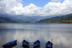 Lugn på Pokhara sjön Fotografering för Bildbyråer