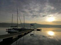 Lugn på sjön arkivbilder