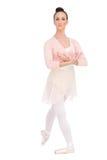 Lugna attraktivt posera för ballerina royaltyfri foto