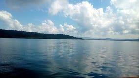 Lugna hav under trevliga Sunny Day Royaltyfri Bild