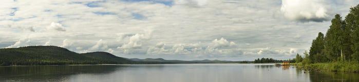 lugna lake Royaltyfria Bilder