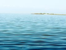 lugna surface vatten för havet fortfarande royaltyfri bild