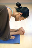 lugna yogini royaltyfri bild