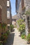 Lugnano in Teverina - Oude straat royalty-vrije stock afbeeldingen