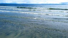 lugnat vatten Arkivfoton