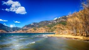 Lugu Lake royaltyfri fotografi