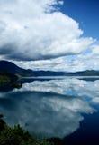 Lugu sjö, Lijiang, Yunnan, Kina Royaltyfria Bilder