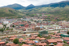 LUHUO, ΚΊΝΑ - 18 ΣΕΠΤΕΜΒΡΊΟΥ 2014: Πόλη Luhuo μια διάσημη θιβετιανή πόλη Στοκ Εικόνες