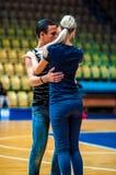 Lui et elle tourbillonnent dans la danse, Photographie stock libre de droits