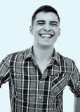 Luid het lachen kerelportret Stock Foto's