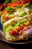 Luim Geroosterde Hotdogs stock afbeeldingen