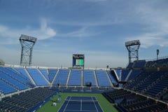 Luis Armstrong Stadium på Billie Jean King National Tennis Center som är klar för US Openturnering Arkivfoto