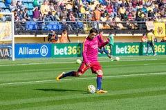 Luis Suarez si scalda prima della partita di Liga della La fra il Villarreal CF ed il FC Barcelona Fotografia Stock Libera da Diritti