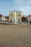 Luisenplatz en de Poort van Brandenburg in Potsdam Stock Foto