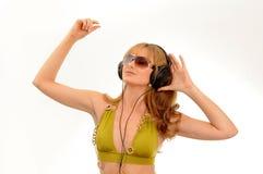 Luister aan de muziek royalty-vrije stock afbeeldingen