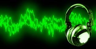 Luister aan Muziek (+clipping weg, XXL) Royalty-vrije Stock Afbeeldingen