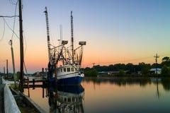 Luizjana garneli łódź zdjęcia royalty free