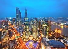 lujiazui金融中心的现代大厦 库存照片