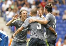 Luka Modric (L) Pepe (C) och Gareth Bale (R) av Real Madrid Arkivfoton