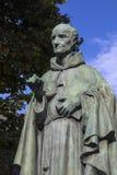 Luke Wadding Statue i Waterford arkivbilder