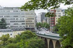 01, 2016: Luksemburg miasto LUKSEMBURG, LIPIEC - Nowożytna część luks Zdjęcie Royalty Free