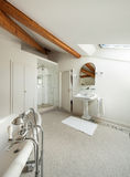 Luksusowa klasyczna łazienka Obrazy Stock
