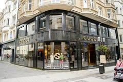 Luksusowa moda GUCCI przechuje w środkowym Luksemburg Obrazy Stock