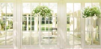 Luksusowa siedziba w słonecznym dniu zdjęcie stock