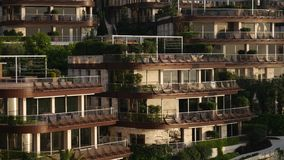 Luksusowego hotelu Dukley powikłani ogródy w Budva, Montenegro ampuła zbiory wideo