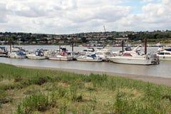 Luksusowi jachty na zatoczce Zdjęcia Stock