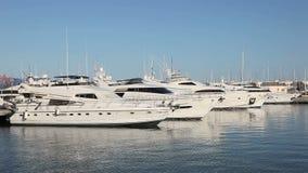 Luksusowi jachty w marina Obraz Stock
