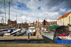 Luksusowi jachty w podpalanym terenie Gdański, Polska, Bałtycki wybrzeże Zdjęcie Stock