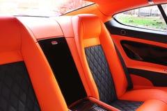 Luksusowi rzemienni samochodowi siedzenia obraz royalty free