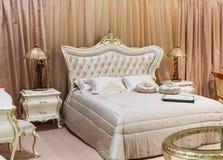Luksusowy łóżkowy pokój Obrazy Stock