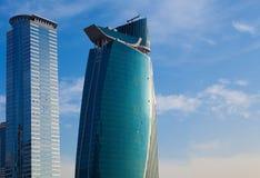 Luksusowy błękitny nowożytny budynku drapacz chmur Obrazy Stock