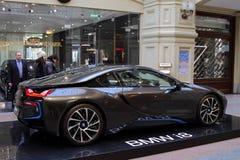 Luksusowy BMW i8 hybrydowy elektryczny coupe na sprzedaży przy stanem Departm Zdjęcia Stock