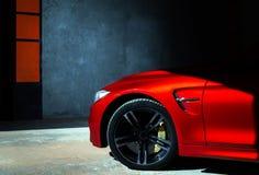 Luksusowy czerwony samochodowy widok Obrazy Stock