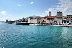 Luksusowy jacht w schronieniu Trogir, Chorwacja Obraz Royalty Free