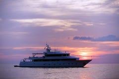 Luksusowy jachtu Karaiby zmierzch Obraz Royalty Free