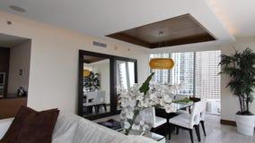 Luksusowy kondominium walkthrough zbiory