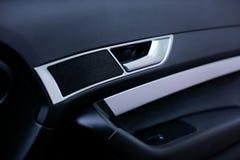 Luksusowy nowożytny samochodowego drzwi wnętrze zdjęcie stock