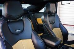 Luksusowy sportowy samochód wśrodku widoku zdjęcie stock