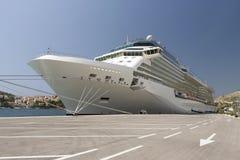 Luksusowy statek wycieczkowy W Dubrovnik Chorwacja obrazy stock