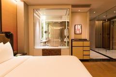 Luksusowy sypialnia apartament obraz royalty free